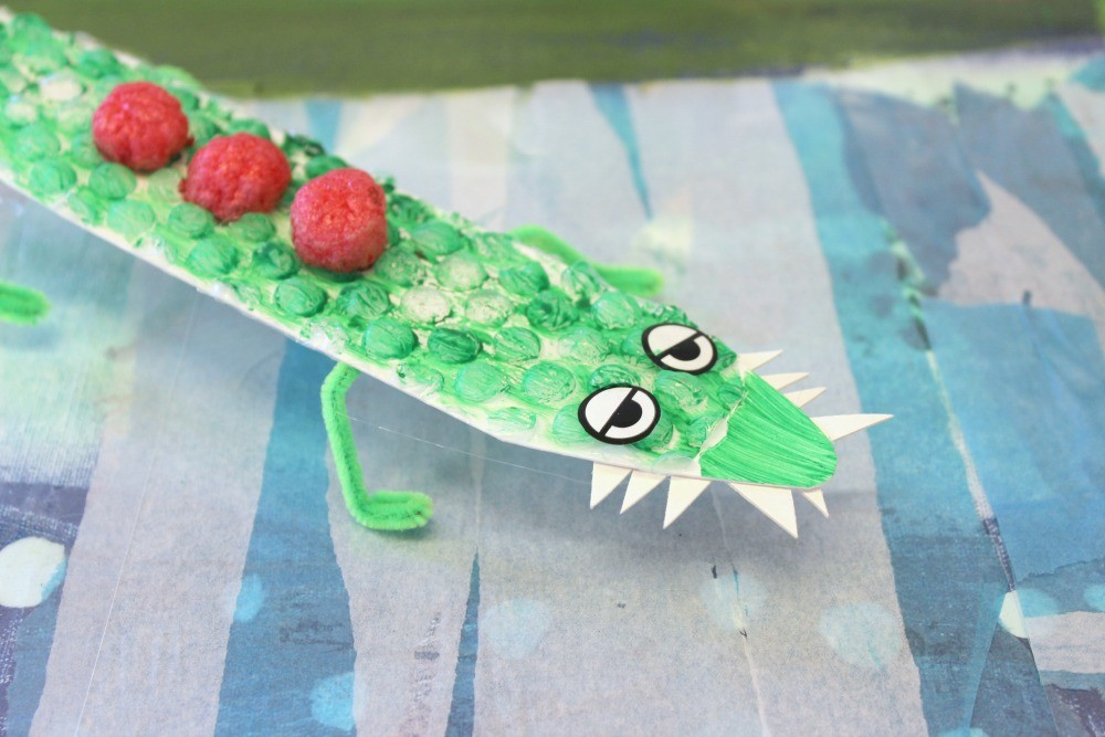 Krokodil med vassa tänder